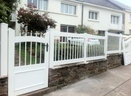 portillon + clôture PVC blanc