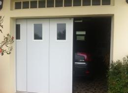 Porte sectionnelle latérale